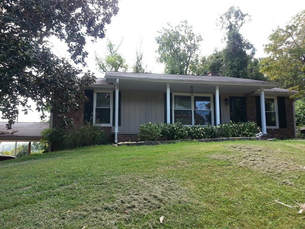 1306 e 3rd ave lenoir city tn 37772 crye leike listing photo